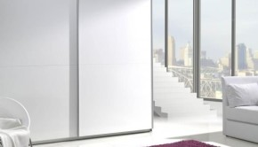 Bílá-šatní-skříň-do-ložnice-Darvin-3-600x599